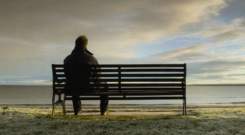 Cómo ayudar a un amigo con tendencias suicidas