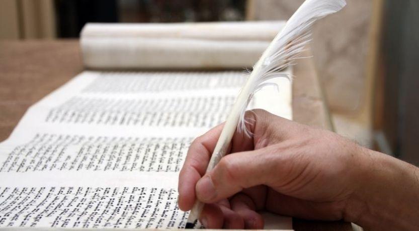 Quién escribió la Biblia? - Vida, Esperanza y Verdad