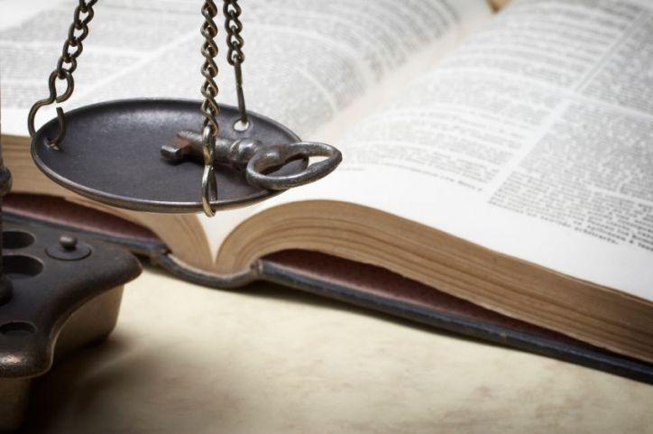 Las leyes de Dios: más que diez mandamientos