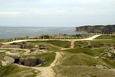 La Pointe du Hoc, sobre las playas del día D de Normandía, Francia.