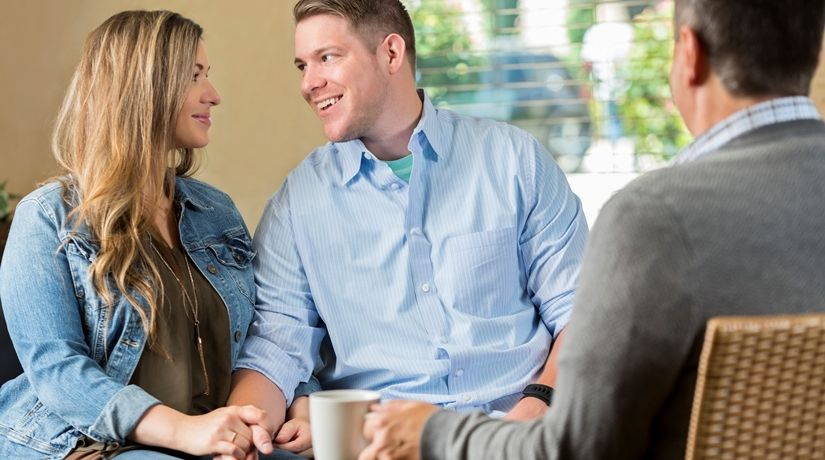 La importancia de la consejería prematrimonial
